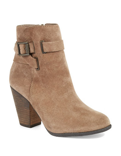 VINCE CAMUTOHarriet Ankle Boots
