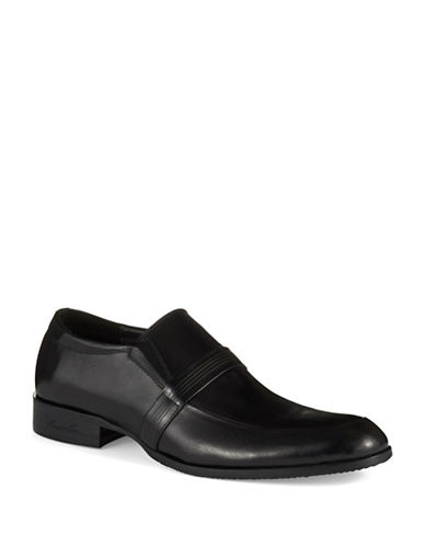 KENNETH COLE NEW YORKGoose Bump Loafers