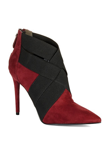 KENNETH COLE NEW YORKWyne Suede Booties