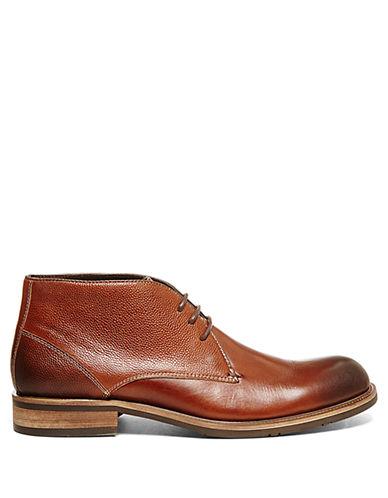 STEVE MADDENKeiro Leather Chukka Boots