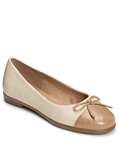 AEROSOLES Beckon Leather Ballet Flats