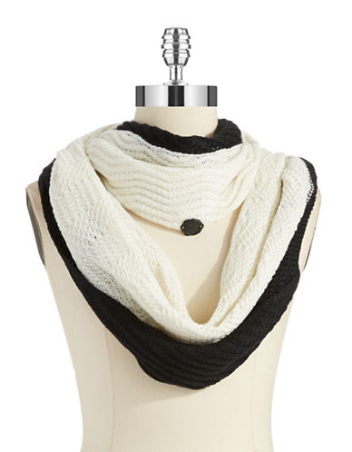 VINCE CAMUTO Colorblocked Knit Scarf