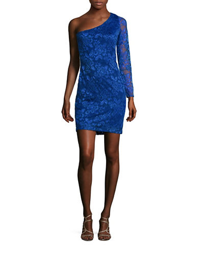 guess female one sleeved lace sheath dress