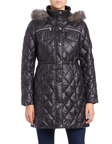 guess female 188971 faux furtrimmed quilted jacket