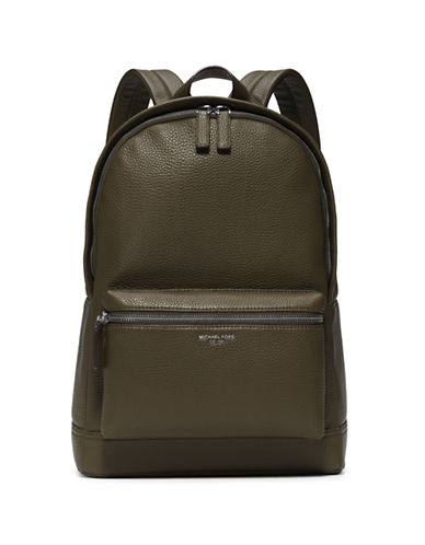 michael kors male 227429 bryant backpack