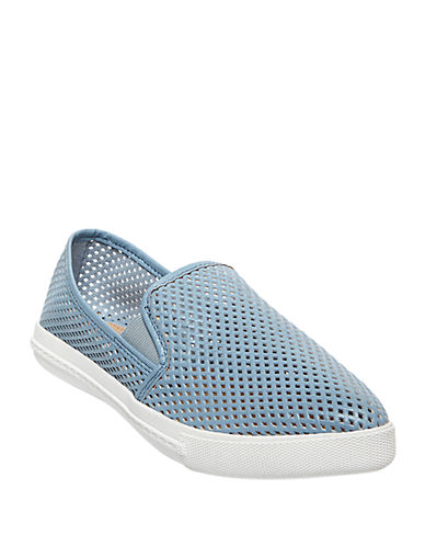 STEVE MADDEN Virggo Perforated Flats