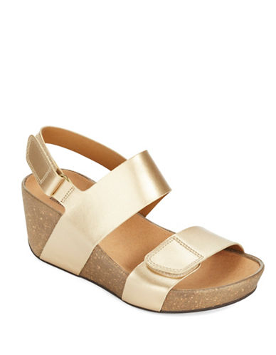 CLARKS Auriel Fin Leather Wedge Sandals