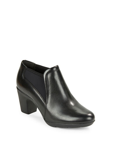 CLARKSLucette Leather Ankle Boot
