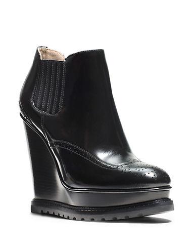 MICHAEL KORSCollette Leather Wingtip Booties