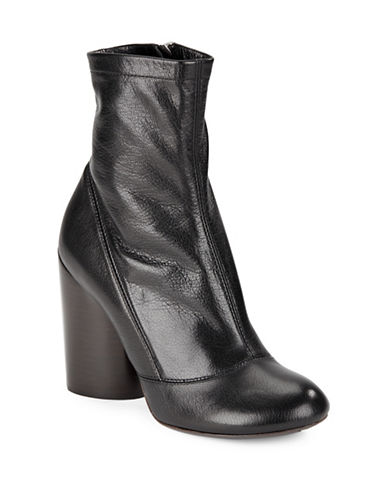 marc jacobs female 188971 grace leather ankle boots