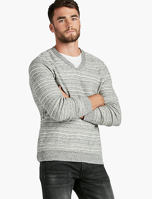 VENTURA V-NECK SWEATER,