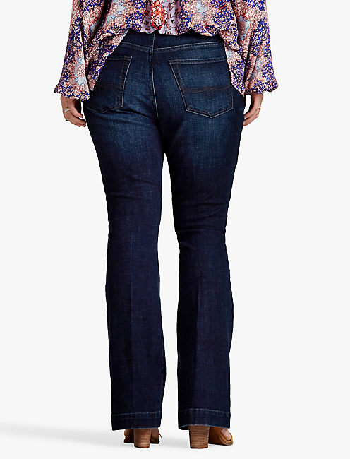 PLUS SIZE EMMA FLARED LEG JEAN IN BANNING,