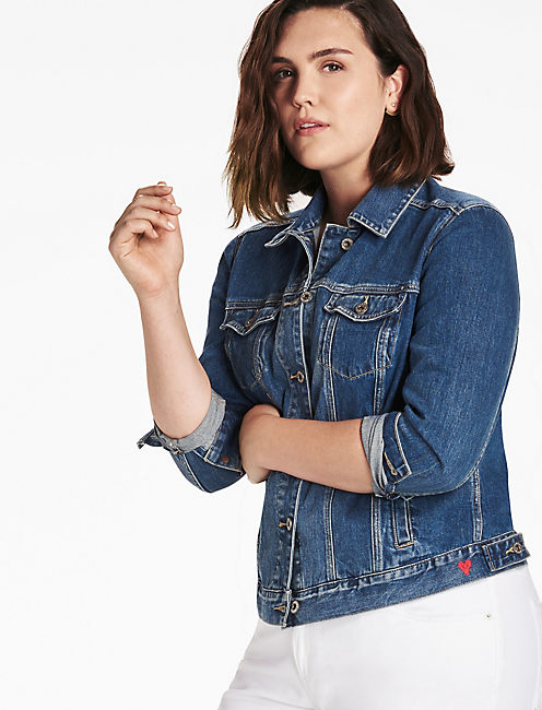 PLUS SIZE DENIM TRUCKER JACKET IN TANOAK,
