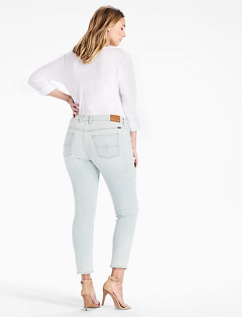 PLUS SIZE GINGER SKINNY JEAN IN BRIDGE CITY,