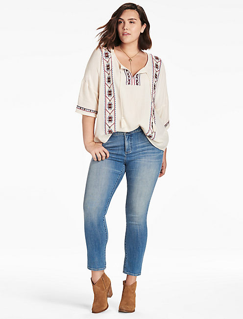 LUCKY EMBROIDERED POPOVER TOP