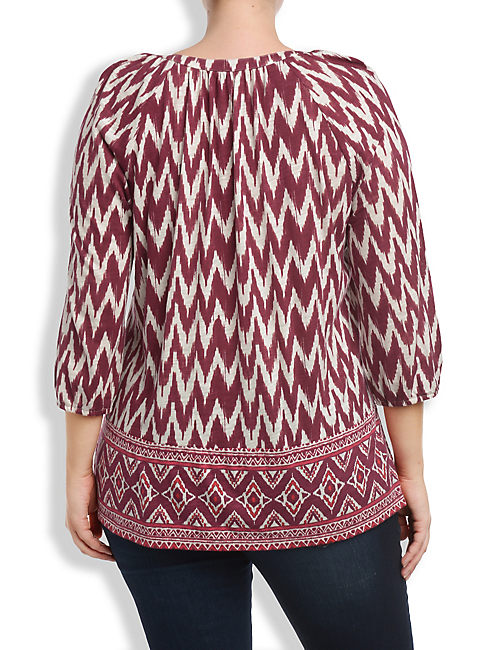 DIAMOND BORDER TOP, RED MULTI