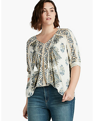 LUCKY PLACED PRINT TOP