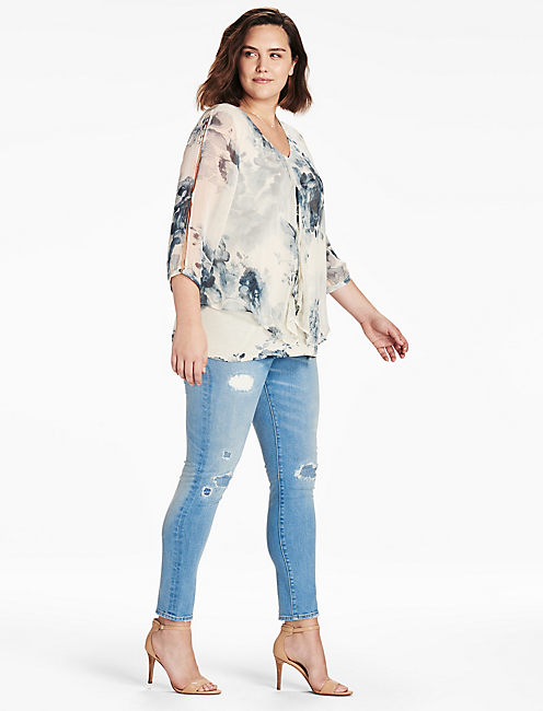 LUCKY OPEN FLORAL PRINTED TOP