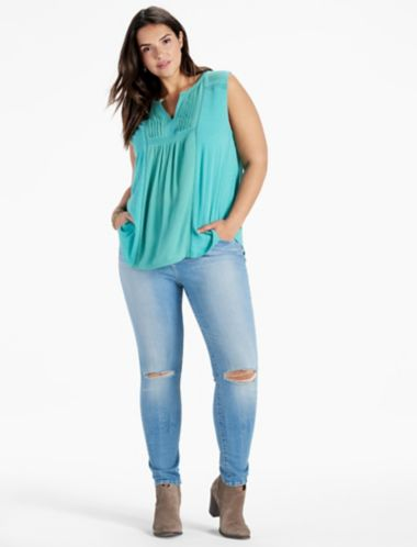 LUCKY EMBROIDERED PINTUCK TANK