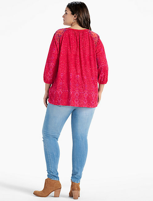 3/4 SLEEVE EMB SLIT NECK TOP,