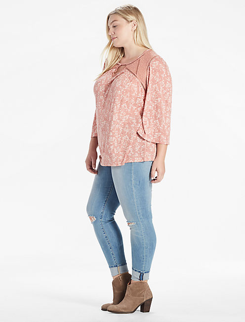 DITZY LACE MIX PEASANT TOP,