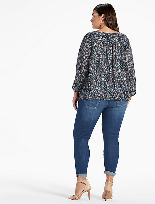 CURVED YOKE PEASANT TOP,