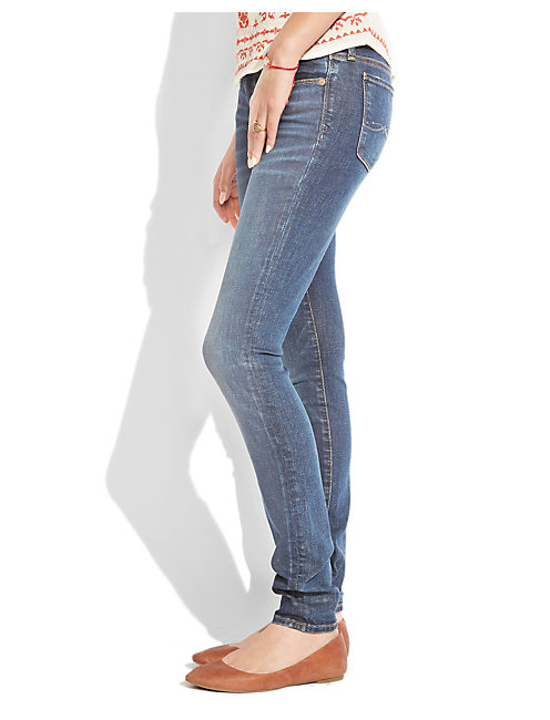 BROOKE SKINNY, BARRE