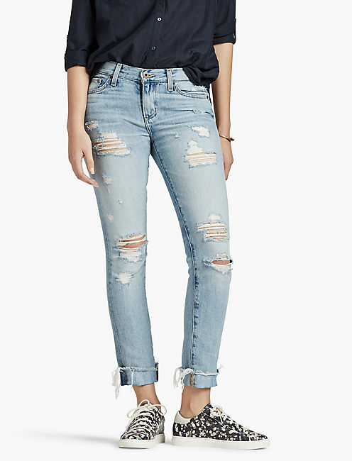 Boyfriend Jeans for Women The Boyfriend Jeans for Women by Mavi Jeans offers a true boyfriend fit that doesn't sacrifice style or a sleek, feminine form. As stylish as they are comfortable, there is a place in every woman's closet for one of our boyfriend jeans.