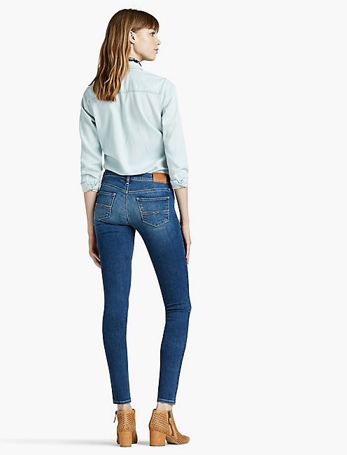 CHARLIE LOW RISE SKINNY JEAN IN FAULTLESS, FAULTLESS