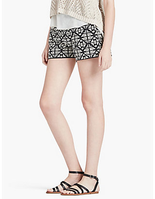LUCKY GEO EMBROIDERED SHORT