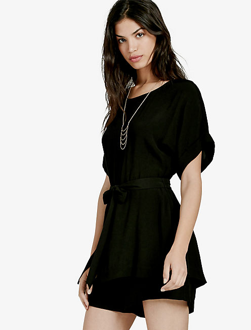 SHORT BLACK ROMPER,