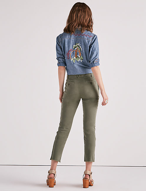 DOWNTOWN CHINO PANT, FOUR LEAF CLOVER