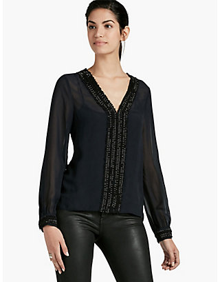 LUCKY V-NECK BEADED TOP