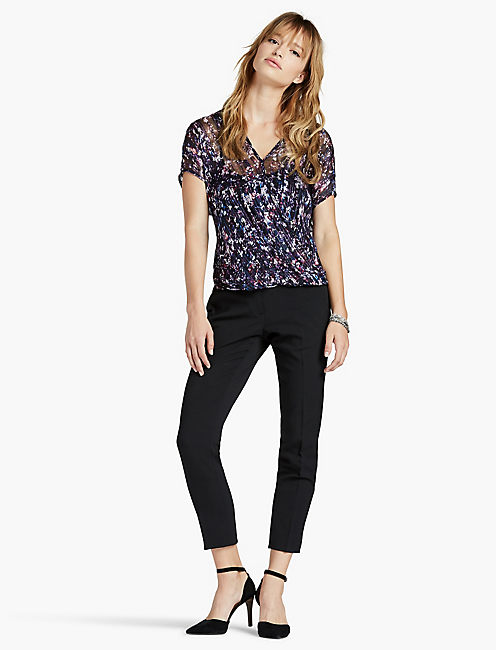 LUCKY POP FLORAL CROSS FRONT TOP