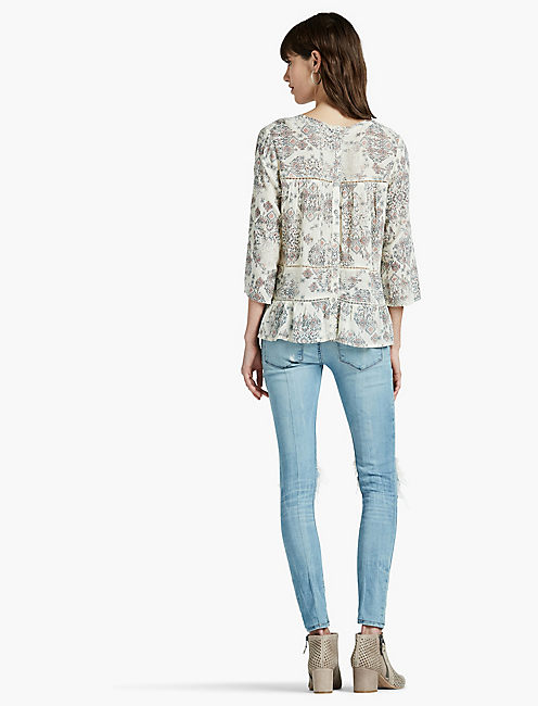 RUFFLE RAW EDGE TOP, NATURAL MULTI