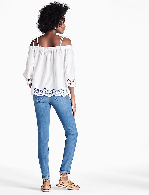 EYELET TOP, LUCKY WHITE