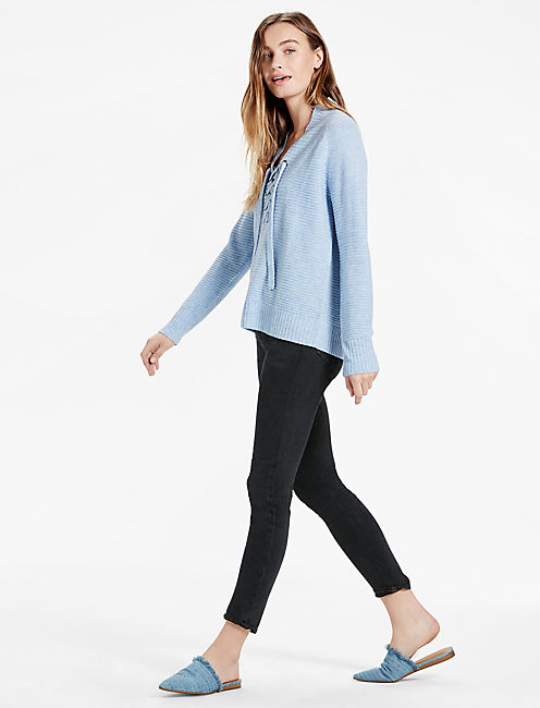 LACE UP SWEATER, MISTY BLUE
