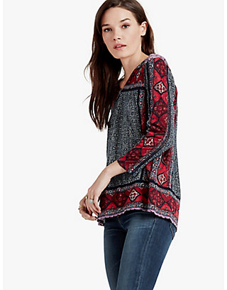 LUCKY BATIK FLOWERS TOP