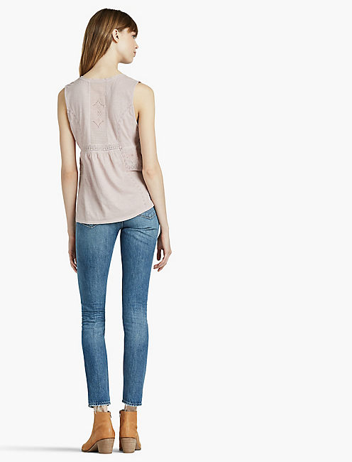 WASHED WOVEN MIX SHELL TOP,