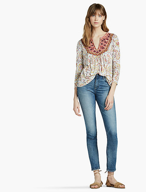 LUCKY EMBROIDERED BIB TOP