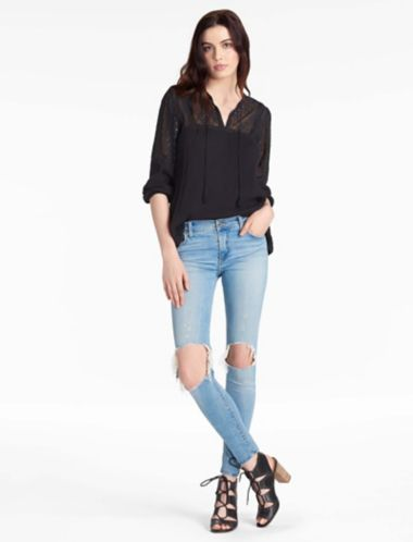 LUCKY EYELET PEASANT TOP