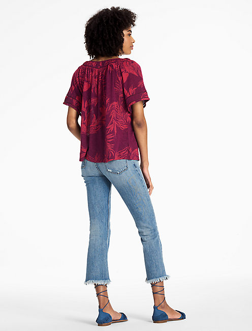 TROPICAL LEAVES PEASANT TOP,