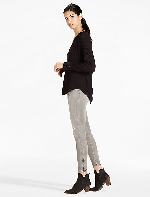 Button Detail Long Sleeve Drop Needle Top,