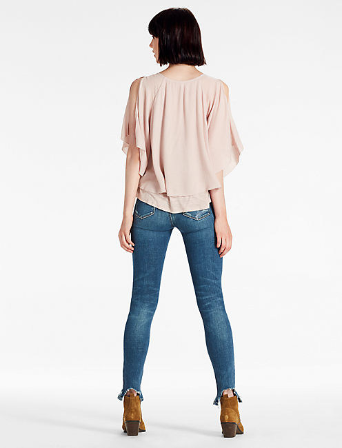 RUFFLE KNIT TOP,
