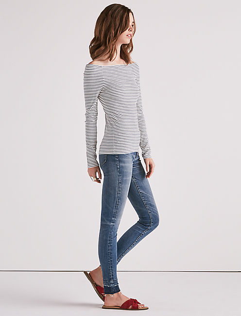 STRIPE OFF SHOULDER LONG SLEEVE TOP,
