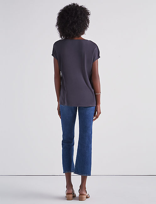 SOLID BUTTON SHORT SLEEVE TOP,