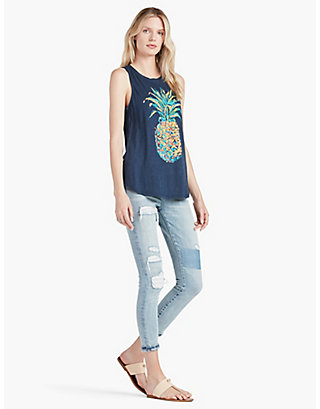 LUCKY PINEAPPLE GRAPHIC TANK