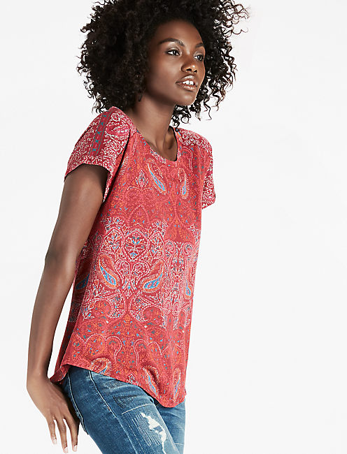 PAISLEY PRINTED TEE, RED MULTI