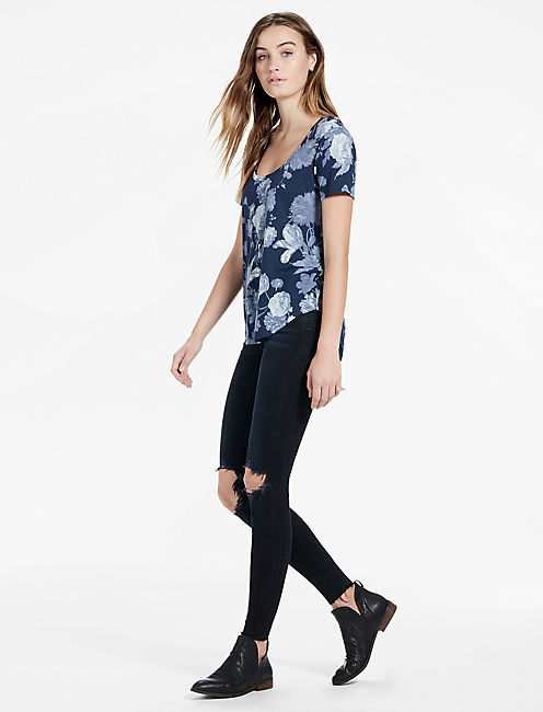 Lucky Floral Print Scoop Neck Tee