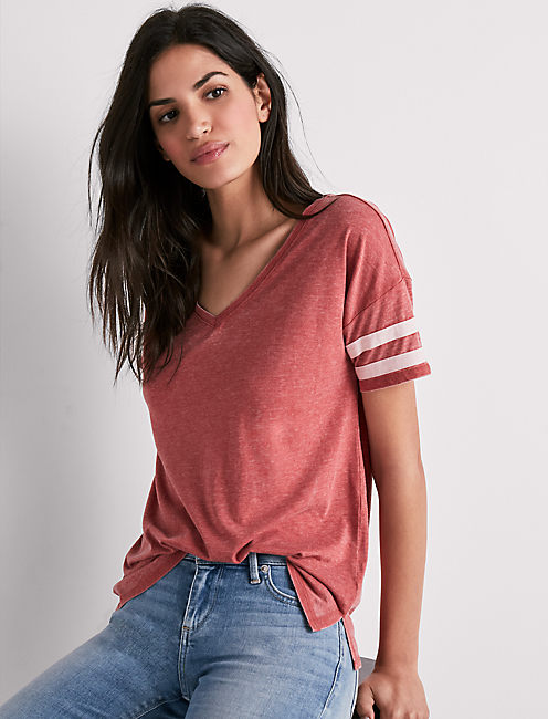 V NECK BURNOUT ATHLETIC TEE, FADED ROSE